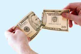 risipeste bani
